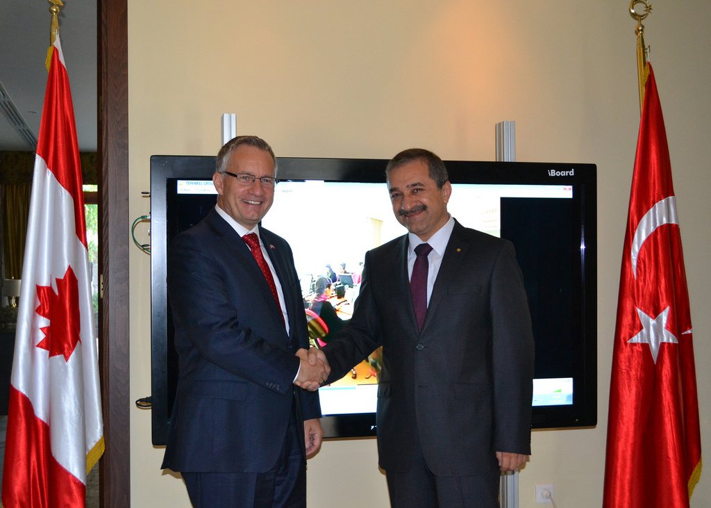 Minister Fast with Ahmet Kaya, Chair of the Board of the Termikel Group
